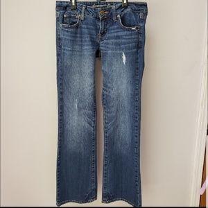 AE distressed favorite boyfriend jeans 4 regular